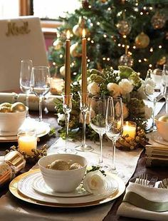 Gold Christmas Table Decorations on Pinterest