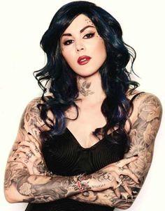 Katherine von Drachenberg (aka Kat von D) is hoogstwaarschijnlijk de bekendste naam vanuit de tattoowereld. Door haar show LA Ink heeft ze zelfs nog meer ...