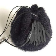 タッセル巾着ショルダーカゴバッグ『Coron』ブラック 巾着 crews ハンドメイド通販・販売のCreema