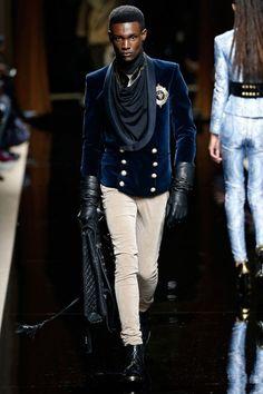 230116-balmain-m-oi-1617-10 High Fashion Men, Suit Fashion, Look Fashion, Mens Fashion, Fashion Outfits, Fashion Design, Christophe Decarnin, Balmain Men, Outfits Hombre