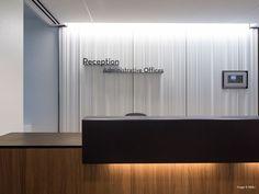 university medical center new orleans nbbj Office Signage, Wayfinding Signage, Glass Wall Design, Innovative Office, Medical Design, Chicago, Medical Center, New Orleans, Office Desk