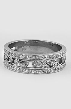 Flora Ring in 18K White Gold