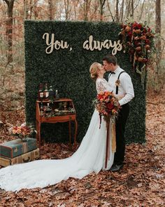 The Biggest Wedding Trends 2019 ❤︎ Wedding planning ideas & inspiration. Wedding dresses, decor, and lots more. Woodsy Wedding, Autumn Wedding, Wedding Bells, Wedding Colors, Spring Wedding, Wedding Flowers, Perfect Wedding, Dream Wedding, Wedding Day