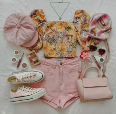 Trendy Summer Outfits, Cute Girl Outfits, Teen Fashion Outfits, Cute Casual Outfits, Short Outfits, Pretty Outfits, Chic Outfits, Aesthetic Clothes, Aesthetic Outfit