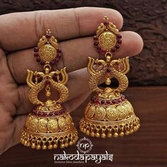 Check out beautiful gold plated silver jhumkas and earrings collection from this brand and get ready to shop. Gold Jhumka Earrings, Indian Jewelry Earrings, Jewelry Design Earrings, Gold Earrings Designs, Gold Jewellery Design, Silver Jhumkas, Jhumka Designs, Antique Earrings, Earings Gold