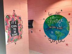 Woman paints motivational messages in middle school girls bathrooms - PHOTO: Shari Jackson Link of Fayetteville, N., painted positive messages in the girls bathrooms a - School Hallways, School Murals, Art School, School Ideas, School Daze, School Stuff, Antony Gormley, Bathroom Mural, Bathroom Stall
