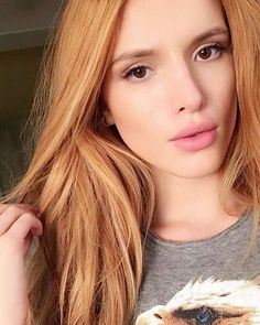 Bella Thorne documented the entire eyebrow microblading process on Snapchat and you obviously have to see it.