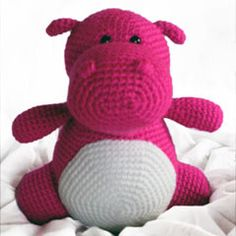 Hilda the hippo amigurumi crochet pattern by Footloosefriend