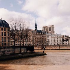 Paris / photo by Duncan Wolfe