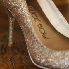 HIGH HEEL INSOLES – Alice Bow.  Really want to try these