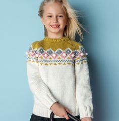 On retrouve parfaitement l'esprit nordique avec ce pull tricoté en ' Phil-Looping ', coloris Craie, Colza, Flanelle et Berlingot.Modèle N°15 du catalogue N°124 : Automne/Hiver 2015, Pitchoun Enfant.