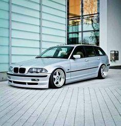 BMW E46 3 series Touring silver deep dish slammed