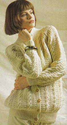 Vintage Knitting Pattern Instructions to Make a Ladies Aran Cardigan/Jacket