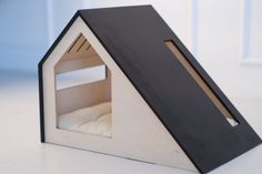 Modern dog and cat house/wooden cat and dog bed/wooden pet house/modern cat and dog bed Wooden Dog House, Wooden Dog Kennels, Diy Furniture Decor, Dog Furniture, Modern Dog Houses, Modern Dog Beds, Dog Beds For Small Dogs, Large Dogs, Diy Dog Bed