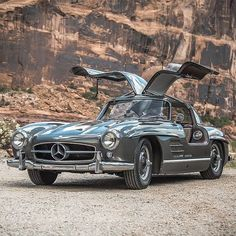 This Mercedes Benz Gullwing is making its way across Colorado in the thous. This Mercedes Benz Gullwing is making its way across Colorado in the thousand-mile Colorado Grand road rally Source: mbusa / Mercedes Benz Maybach, Mercedes Benz Autos, Old Mercedes, Mercedes Sport, Mercedes Truck, Mercedes Classic Cars, Bmw Classic Cars, Classic Sports Cars, Old Sports Cars