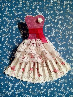 Scrapeando con Rocío: Precioso vestido de papel