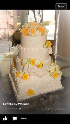 Classic cake Creative Wedding Cakes, Classic Cake, Elegant Cakes, Bakery, California, Desserts, Food, Tailgate Desserts, Deserts