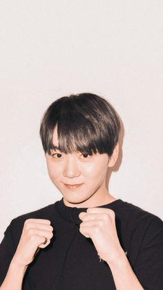 Pop Group, Girl Group, Mingyu Wonwoo, Solo Photo, Boo Seungkwan, Adore U, Human Poses, Seventeen Wallpapers, Asian Boys