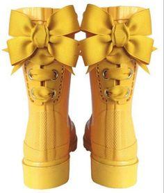 Big Bright Yellow Bows