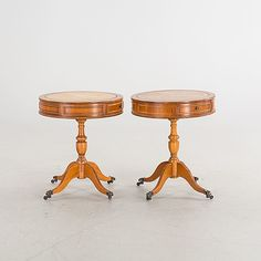 A PAIR OF SMALL DRUM TABLES, LATE 20TH CENTURY.