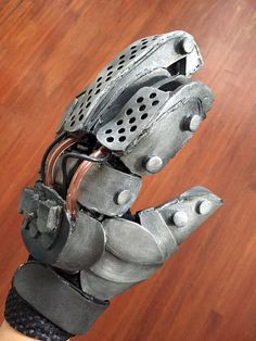 Imperator Furiosa Bionic Hand Robotic Foam Glove by MerchantHeroes Halloween 2015, Halloween Cosplay, Halloween Ideas, Halloween Costumes, Leather Corset Belt, Leather Chain, Furiosa Costume, Cosplay Ideas, Costume Ideas
