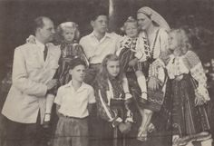 Ileana with her husband Anton and their children Stefan, Maria Ileana, Alexandra, Dominic, Maria Magdalena and Elisabeth (daughter of Marie)