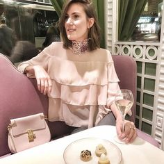 Alert  #beautifulplace  @maisonladuree tea room and restaurant in Geneva designed by @indiamahdavi is absolutely mesmerizing ✨See more in my #instagram stories Official opening tomorrow #hoteldesbergues  Such a lovely evening with my favorite bloggers! Thank you @sparkle_pr ! PS: gorgeous #choker by @jessicachoaycollection { @eraedyla } #laduree #geneva  #fbloggers #indiamahdavi #design