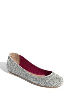 Love the new TOMS flats!