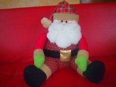 Santa Claus en Paño Lency Hecho a Mano Paso a Paso - YouTube Christmas Decorations, Christmas Ornaments, Holiday Decor, Elf On The Shelf, Cilantro, Mary, Youtube, Christmas Pillow, Christmas Time