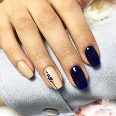 37 Pretty Nail Designs Ideas For Spring Winter Summer And Fall For the past couple of seasons, gray continues to be a popular color for manicures and pedicures. Pretty Nail Designs, Gel Nail Designs, Nail Designs For Spring, Fall Designs, Awesome Designs, Hair And Nails, My Nails, Nail Manicure, Nail Polish