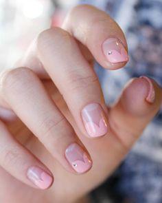 """""""#하트프렌치 러브러브 #frenchnails #nail #네일포토그래퍼지니 #네일디자이너지니 #네일아트 #네일 #지니쌤 #젤네일 #젤네일아트 #네일디자인 #nailart #nails #naildesign #naildesignerjini #Koreannailart…"""""""