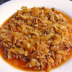 Kohl geschmort mit Hackfleisch Cabbage braised with minced meat from Jamaica Easy Soup Recipes, Pork Recipes, Casserole Recipes, Mexican Food Recipes, Chicken Recipes, Cooking Recipes, Coke Chicken, Chicken Wings, Dessert Recipes