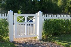 Picket Fence Gate, Front Yard Fence, Entry Gates, Decks And Porches, Private Garden, Fence Design, Garden Gates, Outdoor Areas, Backyard Patio