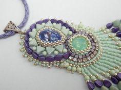 Perlen Stickerei Halskette Statement-Schmuck Swarovski von Vicus