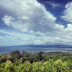 Overlooking Majalar Bay
