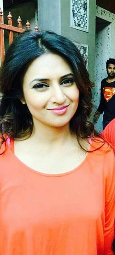 Love you My Beautiful Mom Divyanka Tripathi Yeh Hai Mohabbatein, Indian Look, This Is Love, Cute Faces, Beauty And The Beast, Actors & Actresses, Dress Outfits, Bollywood, Beautiful Women