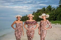 Photo of our Pacific Queens in Cook Islands 🌺 L- R - Miss Rapa Nui 2017 😍 Miss Cook Islands Beautiful Beach Pictures, Beautiful Beach Sunset, Beautiful Beaches, Island Wear, Island Outfit, Traditional Dresses Designs, Traditional Fashion, Samoan Dress, Island Style Clothing