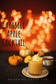 20 Best Thanksgiving cocktail recipes Easy to do it Get our best recipes for Thanksgiving cocktails and drinks. Enjoy it Halloween Cocktails, Thanksgiving Cocktails, Christmas Cocktails, Halloween Desserts, Halloween Treats, Holiday Drinks, Thanksgiving Food, Fall Food, Cider Cocktails