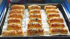 Sodalı Çıtır Börek Tarifi en nefis nasıl yapılır? Kendi yaptığımız Sodalı Çıtır Börek Tarifi'nin malzemeleri, kolay resimli anlatımı ve detaylı yapılışını bu yazımızda okuyabilirsiniz. Aşçımız: Huzurlu Mutfak