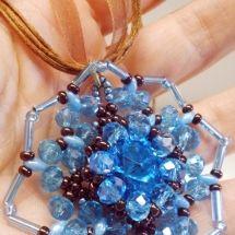 Ciondolo Perline, Beading Pendant, bead embroidery - by machegioia®…