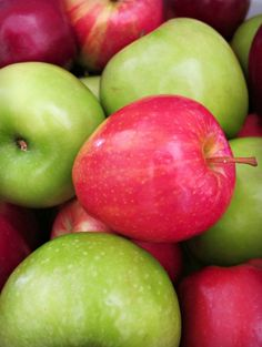 Apples an easy inexpensive way to decorate for Fall ~ get ideas & inspiration