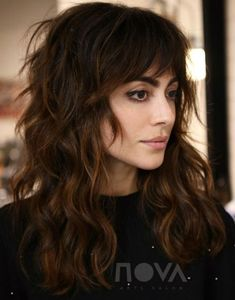 shag hairstyles Long - 60 Lovely Long Shag Haircuts for Effortless Stylish Looks Warm-Toned Wavy Brunette Shag Hairstyle A long shag with bangs is super trendy and can b… Long Shag Hairstyles, Long Shag Haircut, Trending Hairstyles, Hairstyles With Bangs, Straight Hairstyles, Cool Hairstyles, Hairstyle Men, Long Curly Haircuts, Medium Shag Haircuts