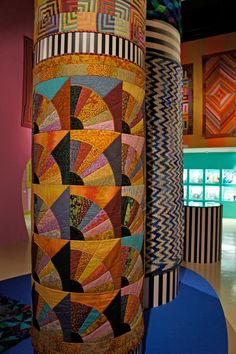 Kaffe Fassett: 50 years of textile art.  Photo of the 2013 exhibit Kaffe Fassett - A Life in Colour (London).  Posted by Paris Franz.