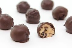 Cakery Friday: Chocolate Covered Chocolate Chip Cookie Dough Balls | Papery & Cakery