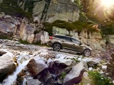 New Volvo V60 Cross Country to Debut at the LA Auto Show