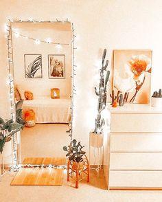 for some cute fall decor Cute Bedroom Decor, Bedroom Decor For Teen Girls, Teen Room Decor, Room Ideas Bedroom, Bedroom Inspo, Passion Deco, Cute Room Ideas, Boho Room, Aesthetic Room Decor