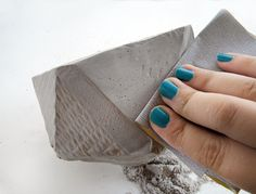 Have you noticed that cement is having a moment in design and interiors right now? It's certainly my current craft medium obsession! Since making a set of cement coasters, I wanted to tackle a...