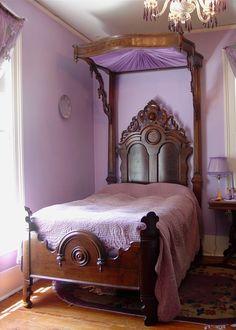 Victorian Half Tester Bed