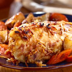 Onion-Roasted Chicken & Vegetables: A fast and flavorful feast! #chicken #vegetables #easymeals