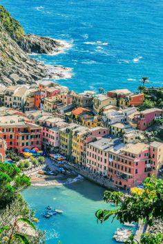Cinque Terre Itinerary by train, hike and boat + bonus Pisa and Lucca Italy Vacation, Italy Travel, Travel Europe, Travel Destinations, House In Nature, Nature Houses, Lucca, Pisa, Paradise Places
